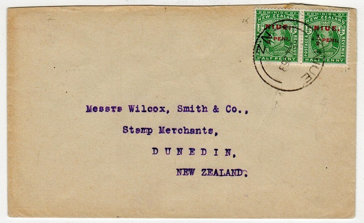 NIUE - 1926 1/2 peni overprint pair on cover to New Zealand used at NIUE.